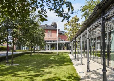 Allee-Hotel-Galerie-Aussen-1147