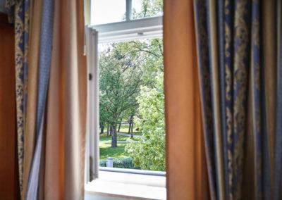 Allee-Hotel-Galerie-Zimmer-125