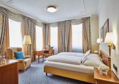 Allee-Hotel-Galerie-Zimmer-745